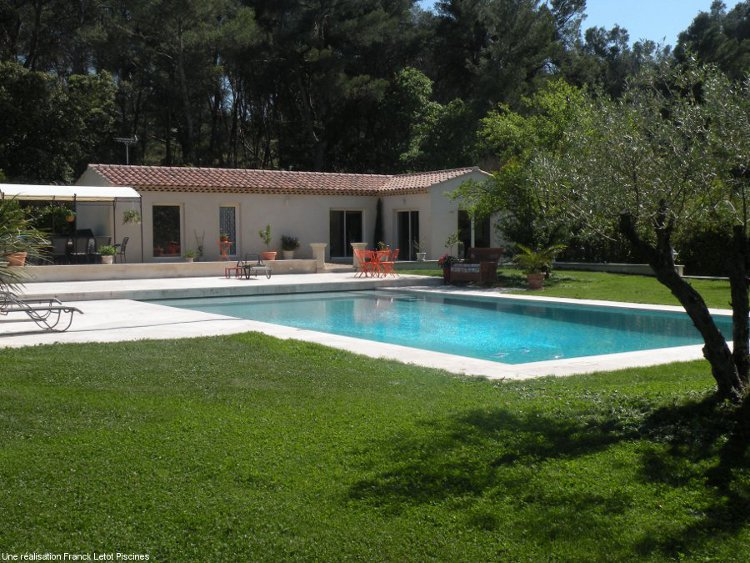 Franck letot piscines fils artisan pisciniste for Construction pool house piscine